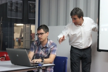 L'Andreu Bru assessora a un dinamitzador de Punt TIC