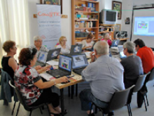 Participants a un curs a Vimbodí i Poblet