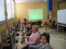 Alumnes al Punt TIC e-centre Tremp