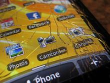 Smartphone amb pantalla trencada