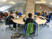 Imatge d'un espai de coworking - Autor: Mindaugas Danys (2011)