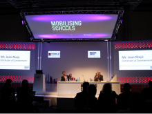 Mobilising schools: The M-learning challenge of Catalonia