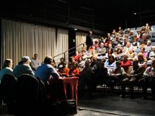 Imatge de la xerrada sobre Òmnia a Viladecans