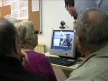 Imatge de participants d'un Punt TIC fent una videoconferència