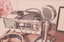 Ràdio comunitària OSR és una emissora participativa de barri de Badalona