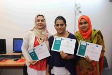 Participants del primer grup amb el seu diploma