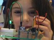 Els Premis Europeus Ada busquen noies i dones TIC
