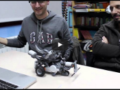 Reviu la Trobada de robòtica creativa en vídeo