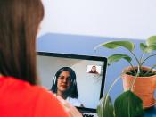 Trobada virtual: Les videoconferències i el teletreball