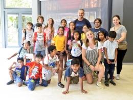 Grup d`infants i persones dinamitzadores dels Òmnia de Santa Coloma de Cervelló i Espai Tecnològic