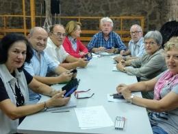 Curs de telèfons intel·ligents per a gent gran, a l`Òmnia Masia Espinós de Gavà