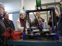 Participants de l`Òmnia JIS-Arrels descobreixen la fabricació digital