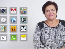 Fotograma d`un vídeo sobre ús de telèfons intel·ligents per a gent gran