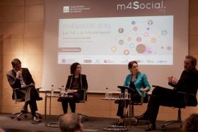 Fotografía de la taula: Indústria i necessitats socials: més lluny o més a prop?