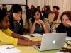 Emprenedoria femenina: Imatge CC BY-SA 2.0: www.flickr.com/photos/usembassyta/7131937261/
