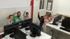 Infants del Casal Infantil Marianao aprenen programació a l'Òmnia de l'entitat